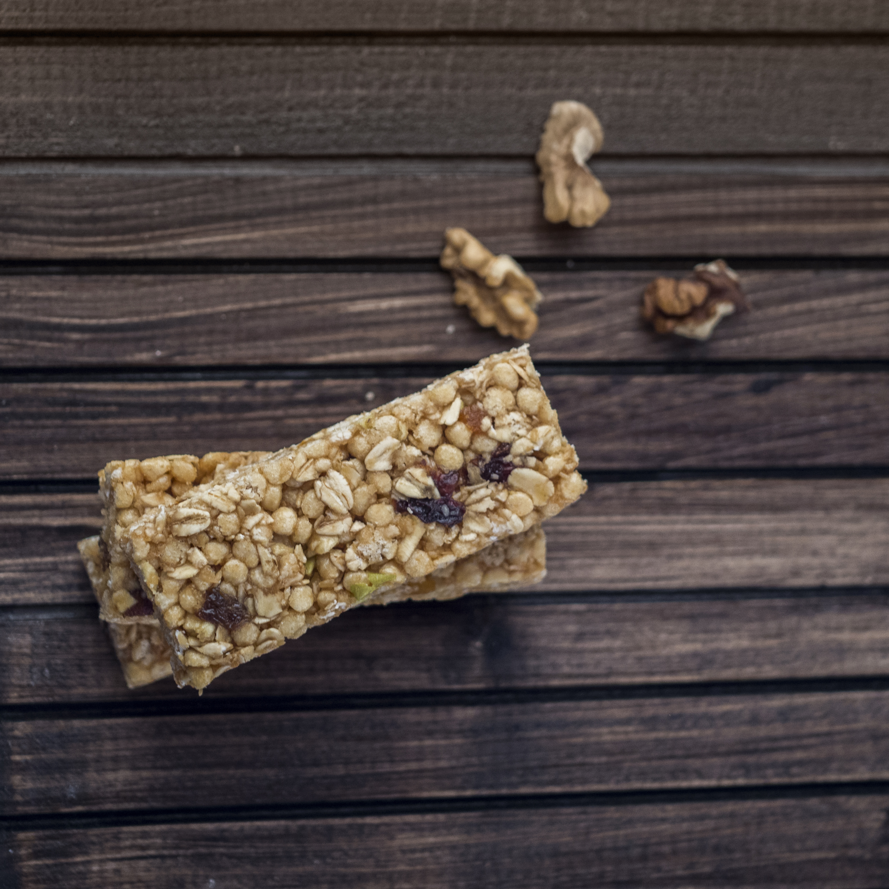 Granola Bar | 15 Popular Snack Foods That Are Actually Vegan Approved