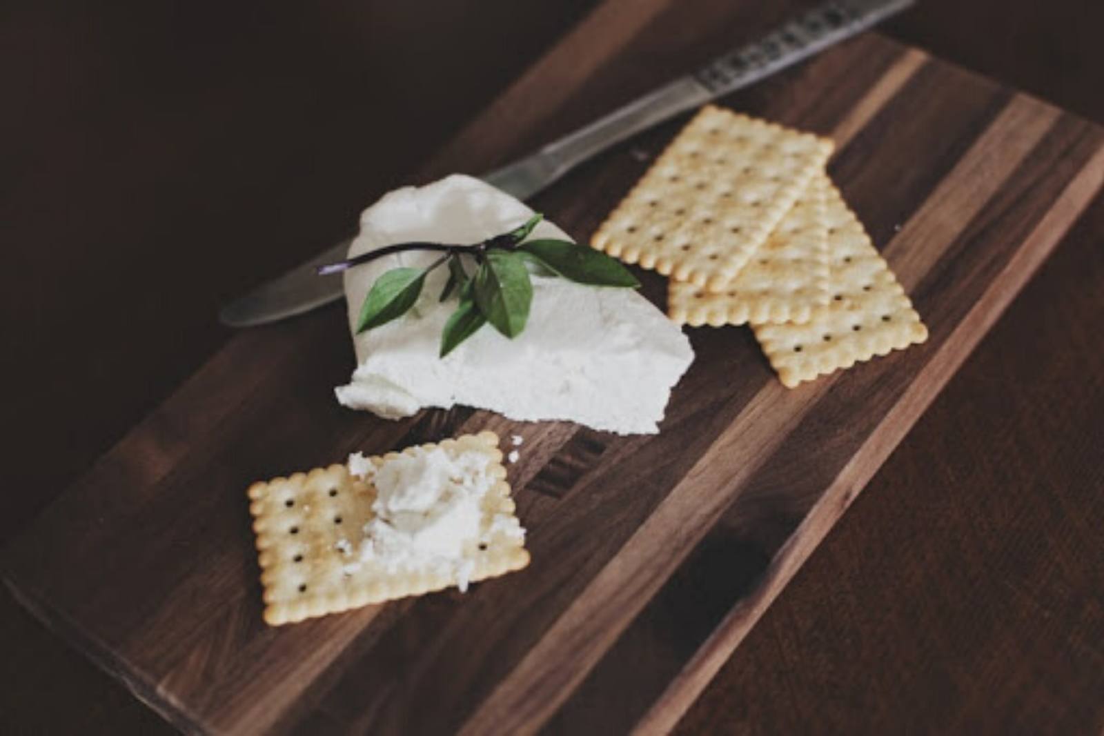 Crackers | Creating Your Vegan Grocery List And Meal Plan
